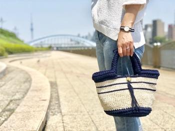 そんなマルシェバッグを、自分の好きな素材・デザインで作ってみませんか?ハンドメイドすれば、大きさや色も自由自在です。