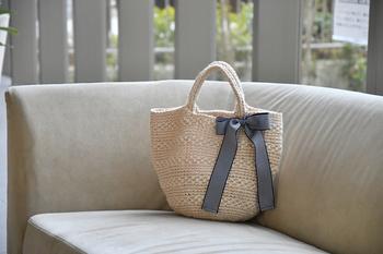 お気に入りの素材で、自分の手に馴染むバッグを作ってみてください。 きっと、今まで以上に夏のお出かけが楽しみになると思います。