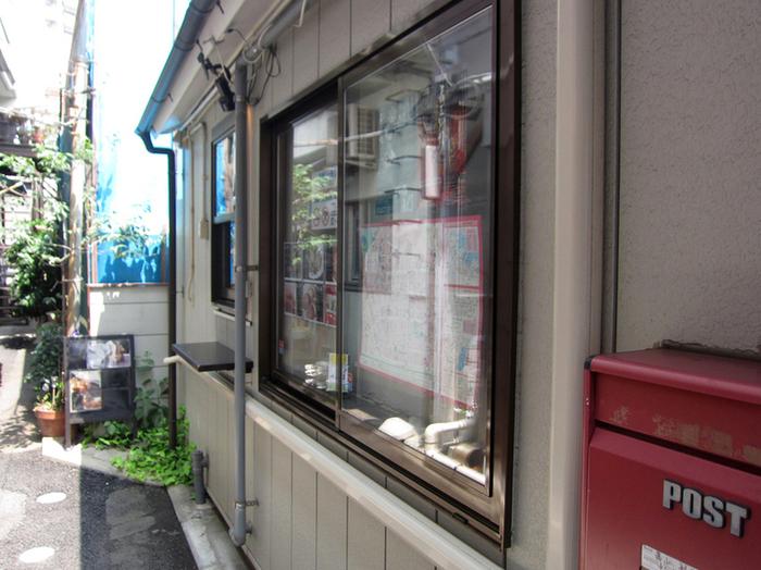 横浜中華街の上海路の路地の先に佇む、ちまき専門店「ちまき屋」。駅からほど近く、人気の観光スポット中華街の路地裏にあるお店は、知らないで歩くと、つい見落としてしまいがちな隠れ家的存在です。