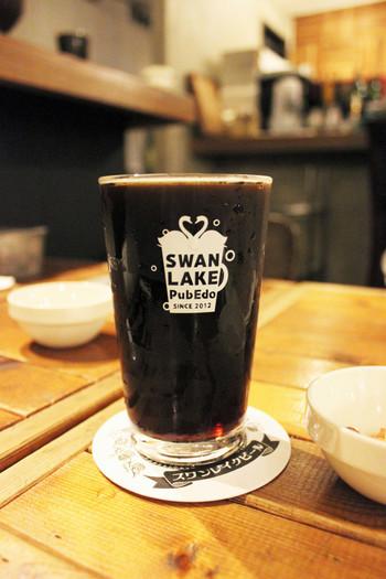 世界最高峰のワールドビールカップで金賞を受賞した「ポーター」は、クリーミィーな泡と香ばしい苦みが特徴の黒ビールです。