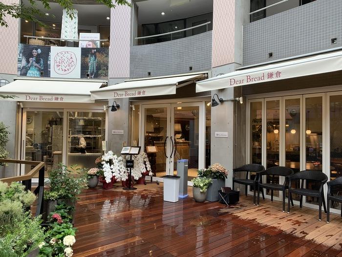 *筆者撮影 極上鎌倉生食パンを使ったメニューが楽しめる併設のカフェ「Dear Bread (ディアブレッド)鎌倉」もありますので、休憩に訪れてもいいですね。