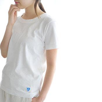 合わせ方次第でスタイルいろいろ!白Tシャツを使った夏のおしゃれコーデ