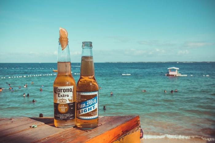 夏休みやお盆休み。みんなが集まる機会も増え、ビールも美味しい季節の夏。夏のみんなの集まりは今までと少し趣向を変えてメキシカンパーティーはいかがですか?今回はインスタ映えも間違いなしの準備も簡単なメキシカンパーティーの醍醐味とレシピをご紹介したいと思います。