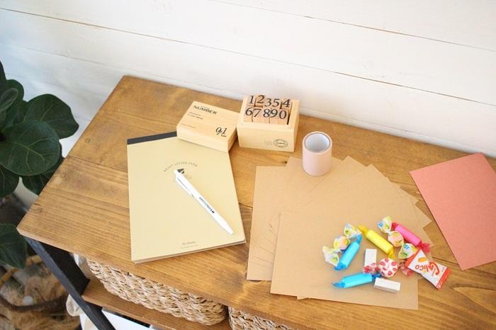 手作りといっても方法はいろいろ。受け取る人のことを想って作られた手紙はより心が伝わるものですよね。アイデア次第で楽しみ方も自由自在な手作りレター、あなたも作ってみませんか?