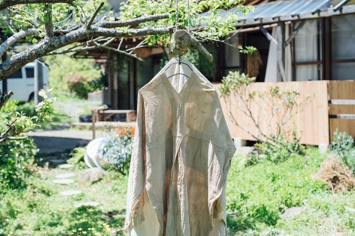 vol.102 iai・居相大輝さん -愛おしい記憶をその一着に。ひかり満ちる日常の衣