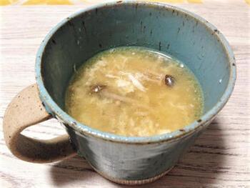 あたたかいスープは、温活に最適。<しょうが>と卵のスープはシンプルで食べやすく、あと一品追加したいときに、とっても便利です。食べる前にもう一度、しょうがを加えるのがポイント。香りと風味がアップして、よりおいしくなりますよ。