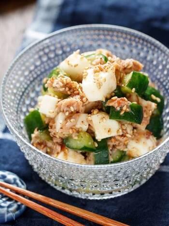 シャキシャキ食感を楽しめる、長芋ときゅうりのサラダ。ポン酢や梅の風味で暑い日でも食欲が進みそう。胃がもたれている時にもオススメ♪