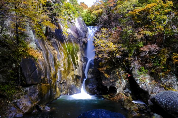 清流と渓谷が織りなす秘境を旅しよう! ~山梨県・昇仙峡のみどころ~