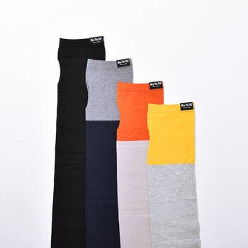ひとつひとつ丁寧に作られている国産の高品質ソックスブランド「RoToTo(ロトト)」のアームカバー。ベーシックな落ち着いた色合いのものから、明るいポップな色合いまで揃います。