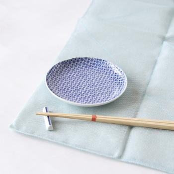 和菓子にはもちろん、日常でちょっとしたおつまみやお漬物を盛ったり、お醤油やお塩などの調味料入れの器として使うのもおすすめです。