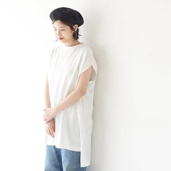 いかがでしたか?Tシャツコーディネートはワンパターンになりがちですが、少しの工夫でセンスアップが叶います。ワードローブを見直しつつ、今欲しい一枚を手に入れて夏を楽しんでくださいね。