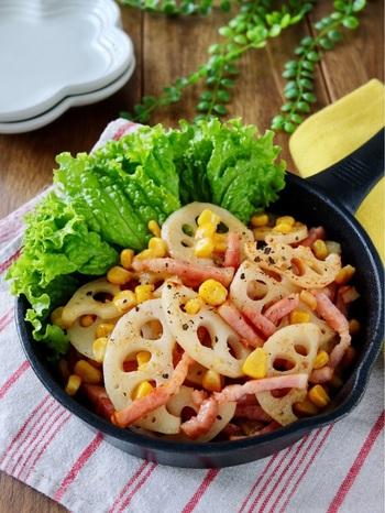 蓮根とベーコンを加えた食べ応えのあるコーンバターは、コンソメ味でお箸がすすみます。常備菜として、冷めても美味しくいただけますよ♪