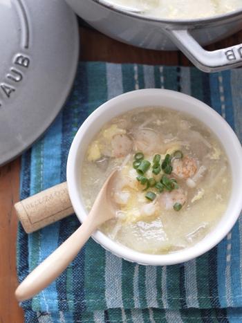 海老とシャンタンの旨味を吸い込んだジューシーな「冬瓜と海老のかき玉スープ」は優しいお味でほっこり美味。