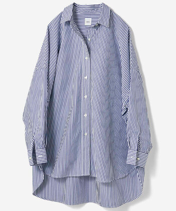 大人のおしゃれにちょうどいいビッグシャツ。ベーシックな色を数枚揃えておけば、あらゆるシーンやコーディネートに対応できます。 Tシャツがちょっぴり苦手という方、この夏はさらりと着られるビッグシャツを味方につけてみませんか?