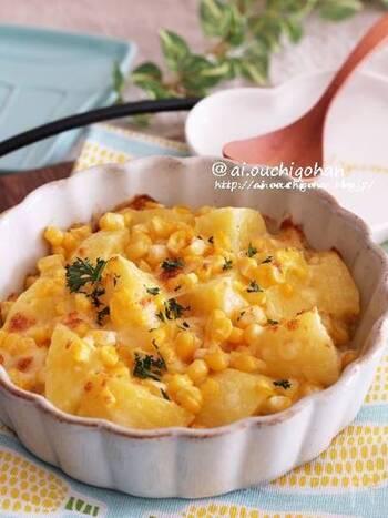 旬のとうもろこしの甘さとマヨチーズの塩気が絶妙な一品。カップで小さく焼けば、お弁当に丁度いいおかずになります。