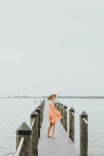 暑い夏を迎え、海や山でのレジャー、川遊びなど、今しかできないことを目一杯楽しんでいますか?じめじめした梅雨を経て待ち望んで迎えた夏、日差しを全身に浴びながら自然を満喫したいですよね。