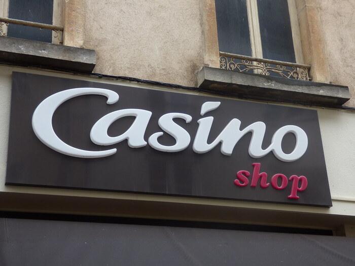 カジノは、カジノグループによって運営される1898年創業のスーパーです。パリには数は少なく、値段もやや高級思考のスーパーです。