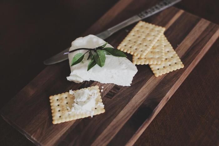 牛乳はおなかを冷やしてしまいますが、加工されたチーズはおなかを温めてくれるんです。カルシウムや栄養もたっぷり。