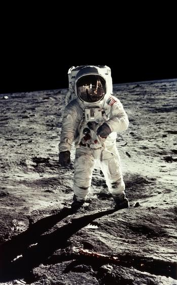 @Neil Armstrong E.Aldrin, Apollo 11
