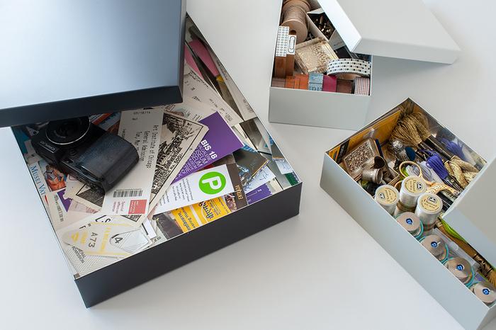 A4サイズくらいの大きなお道具箱は、書類の整理に使えます。なくしたくない保証書や契約書、残しておきたい取扱説明書などは全てお道具箱に入れることにしておけば、間違って処分したり無くしたりする心配もありません。
