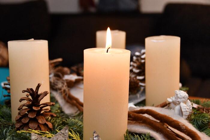 また、火を灯すのも、毎週日曜と言わずにクリスマスが近づいてきたら毎晩灯したり、4日前から楽しむ、なんていうのもありかも!自分の生活スタイルに合った楽しみ方をしてみてくださいね。