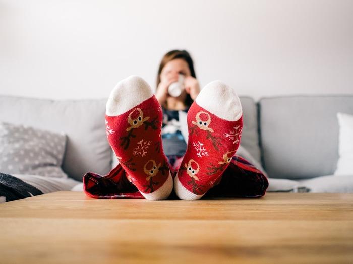 着こなしのアクセントにもなる靴下は、スタイル全体のおしゃれ感をぐっとアップしてくれるアイテム。防寒面だけでなく見た目にもこだわりたいですね。