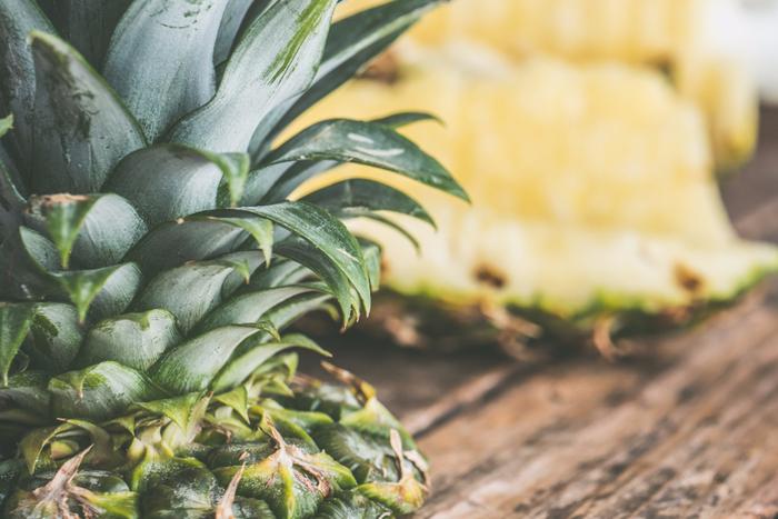 甘くてほんのり酸っぱいパイナップル。南国のトロピカルなイメージ。まあるいドーナツみたいな断面がキュートです