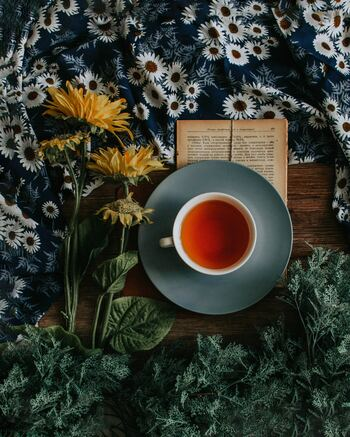 お茶の時間は、ほっと一息、心と体に安らぎと癒しを与えてくれる時間でもあり、この後何をしようかなと先を想像する大切な時間でもありますよね。