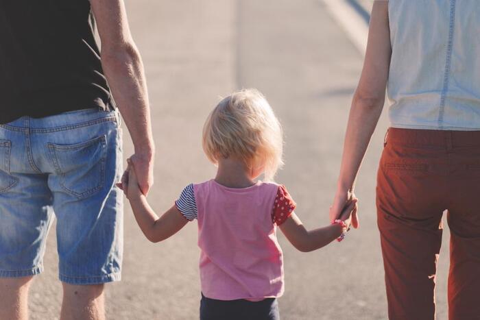 「パパさすがだね」と子供たちの前でも褒めてあげましょう。旦那さんも子供たちから「パパすごい!」と、言ってもらえたらさらに張り切りモードに!ゆくゆく「今度は子供と一緒にお願いね」と言えるようになれば、家族全員で家事をお手伝いしてもらえる可能性大です!