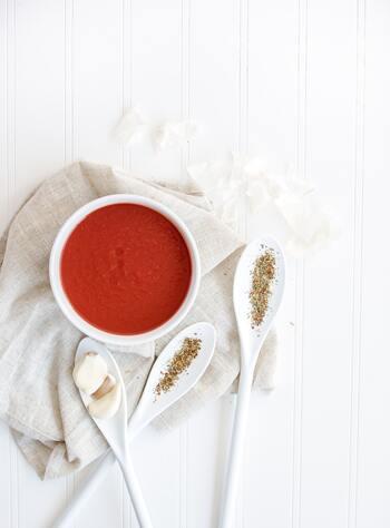 また、冷たいものばかりでなく、温かいスープや消化に良いものなど、体と相談しながら胃に負担をかけない食事を心がけたいですね。夏を楽しむためには、まずは体が資本であることを肝に銘じて。