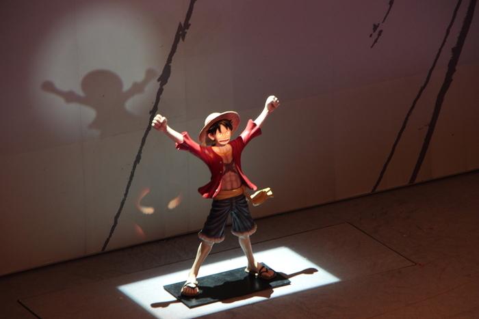 三代目市川猿之助が1986年に始めたスーパー歌舞伎は、古典芸能の歌舞伎とは一線を画す現代風歌舞伎で、第一作は「ヤマトタケル」であった。2014年より「スーパー歌舞伎II(セカンド)」として、四代目市川猿之助を中心に上演しており、平成30年4月1日(日)~25日(水)大阪松竹座でアニメの「ワンピース」をモチーフにした演目が上演されました。