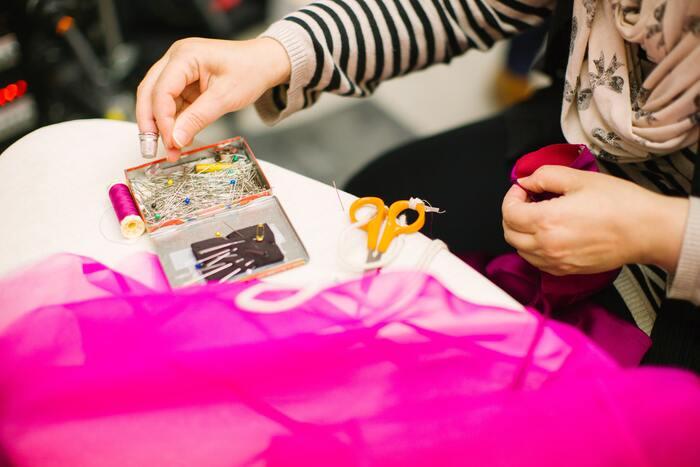 手縫いの糸は縫いやすい長さがあります。