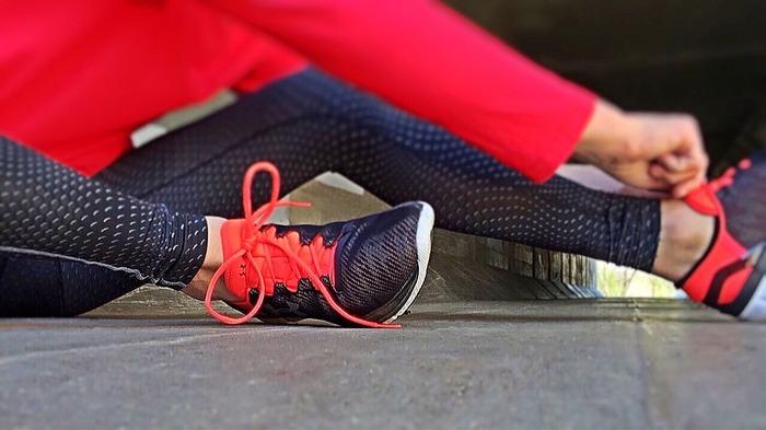 おしゃれなものを選んでモチベーションを上げるのもいいですが、機能性ももちろん重要。身体が冷えないように汗をかいても乾きやすい速乾性の高い生地や、動きやすい伸縮性に優れているものを選んで身体にストレスを与えないようにしましょう。