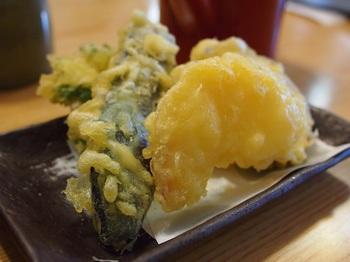 小布施町の周辺にはりんご畑が広がっています。『りんごの天ぷら』は意外な美味しさ*