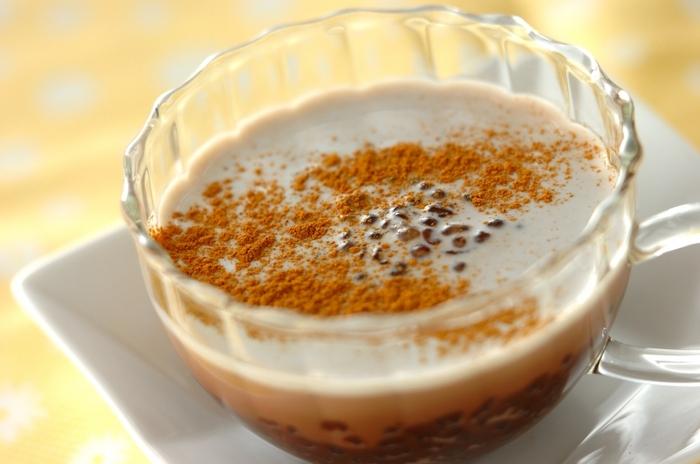 しっかりとした味わいのアイスココアは、タピオカともよく合います。タピオカは大粒よりも小粒の物の方が食感が楽しいかもしれません。冷やし汁粉風のスイーツ感覚で楽しめますよ。