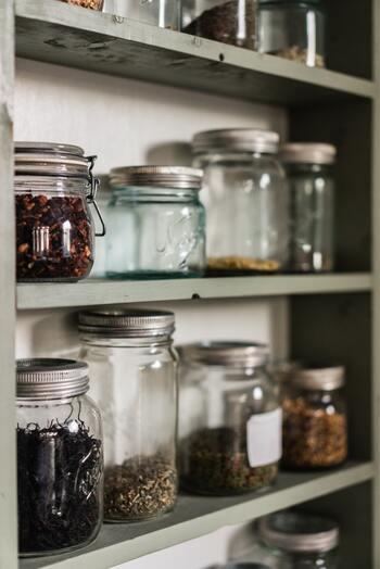 乾物は常温保存も可能でとにかく軽いですよね。これは、買い物する際の持ち運びの負担を減らし、災害時など冷蔵庫が使えない時にも重宝します。
