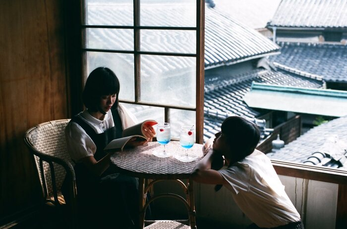 その後、第2回目は西荻窪、第3回目は香川県の古民家で開催され、アクセスの悪い場所であるにもかかわらずすべて予約で満席になってしまったのだそうです。4回目の三軒茶屋では、お酒好きにはたまらないリキュール入りのクリームソーダが大好評!そして関西の神戸にも進出し、今年の7月には北海道にも《旅する喫茶》が開催されました。