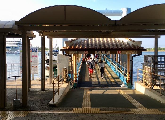 *筆者撮影 じっくり一つの島に滞在する以外にも、石垣島から船で離島を周遊する「離島巡りツアー」などもあります。旅程や好みに合わせて計画してみてください。