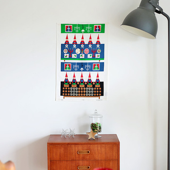 季節や行事に合わせて、簡単にディスプレイチェンジできるのも魅力の一つ。気分転換にもなり、お部屋を彩るポイントアイテムとして活躍します。