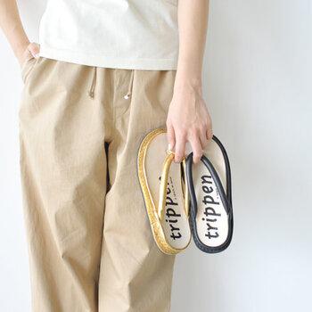 シンプルで履きやすいのに、こなれ感たっぷりなトングサンダル。ぜひ夏のナチュラル・カジュアルな着こなしに取り入れて、ワンランク上の今っぽコーデを楽しんでみてくださいね♪