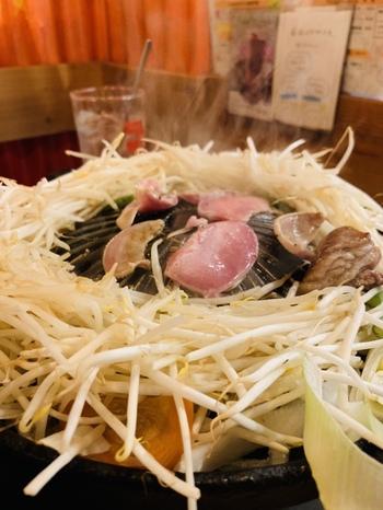 ラムチョップやロースだけでなく、タンやレバー、ハツなど珍しい部位のジンギスカンもぜひ食べてみませんか?