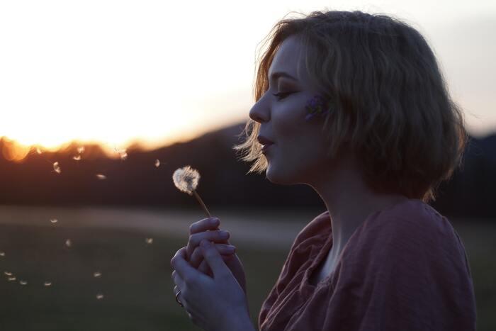 """一度定着すると、なかなか抜け出すのが難しい""""ぎりぎり""""の癖。あなたの人生は、あなたのもの。自分をコントロールする意識を強くもって、目の前の状況に前向きにチャレンジしてみてください。  「""""ぎりぎり""""はもう卒業」という揺るがない想いのもと、これからは、ゆとりのある軽やかな日々を過ごしていきたいですね*"""