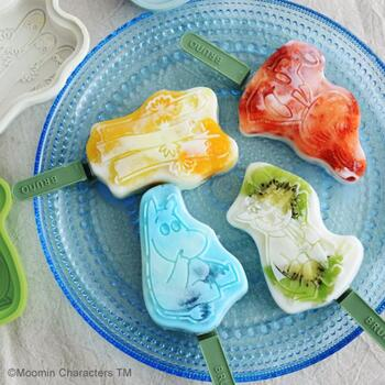 こちらは北欧を代表するキャラクターでおなじみのムーミンのアイスキャンディー型です。型に入れて凍らせるだけで素敵なアイスバーのできあがり。子供にも喜ばれそうですね♪型のデザイン選びも楽しんでみましょう。