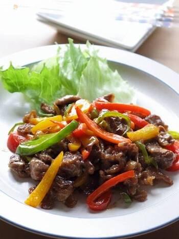 亜鉛が摂れる牛肉×ビタミンCが豊富なパプリカのおかずです。オイスターソースとマヨネーズでばっちり味が決まる手軽さが嬉しいですね。ご飯と一緒にどうぞ!