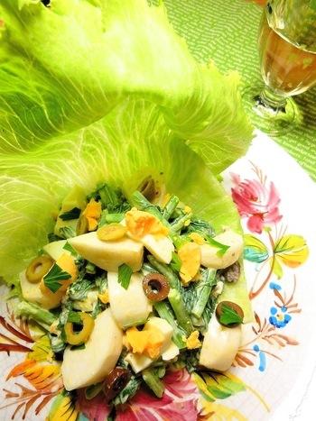 春と秋、年に2回、旬を迎える蕪。茎・葉ともに余すところなく使っています。 「固めに茹でると美味しいです」(by作成したyakkoさん)。