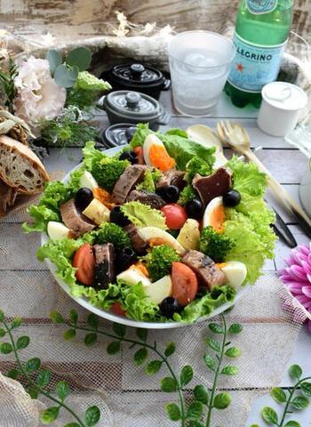 """しょうゆ&バルサミコで! """"かつおのたたきサラダ""""のような風味が親しみやすい♪"""