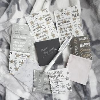 こちらは、100均の折り紙から、ラッピング袋をハンドメイドした作品。  折り紙だったとは思えないほど、デザインが、ラッピング用の袋にぴったりですね。