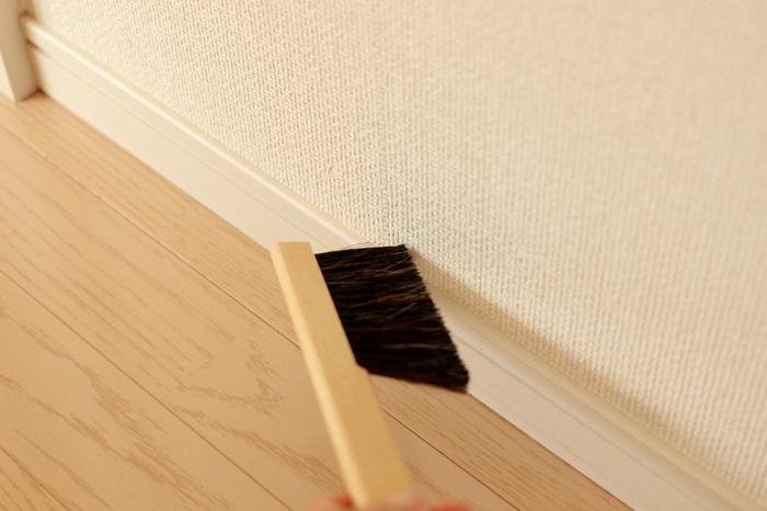 おうちがきれいな人は掃除も気づいたときにこまめに行うので、出番の多い掃除道具が使いづらいとストレスになってしまいます。気持ちよく掃除するためにも、使いやすい道具は必須なのです。