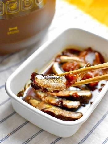 和の定番調味料である醤油とみりんに、生姜・梅酒の梅・赤ワインをプラス。梅の酸味やコクが味を絶妙にまとめてくれます。