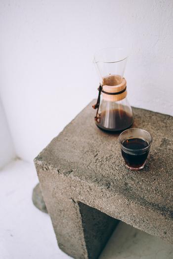 アイスコーヒーの淹れ方はおもに3種類。それぞれの特徴と方法を学んで、おうちでおいしいアイスコーヒーを楽しみましょう。